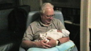 2013-0122-Aiden-Birth-Grandpa-IMGA0503